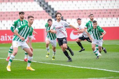 El Sevilla Atlético permanece imbatido con Aspar en el campo.