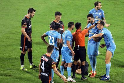 El Mumbai City de Lobera accede en los penaltis a la final de la Súperliga India