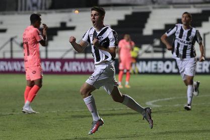 1-0. Wanderers logra ajustado triunfo y lo espera la altitud de La Paz