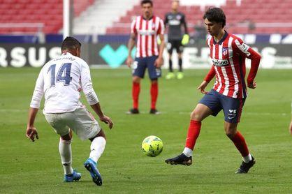 Joao vuelve al once del Atlético; Yuri, titular en el Athletic