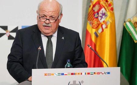 Andalucía supera los 1.000 casos, pero la incidencia acumulada baja 0,7
