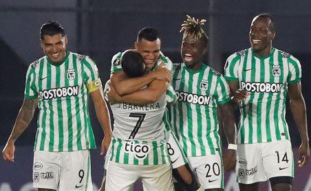 0-2. Atlético Nacional, con pie y medio en tercera fase al doblegar a Guaraní