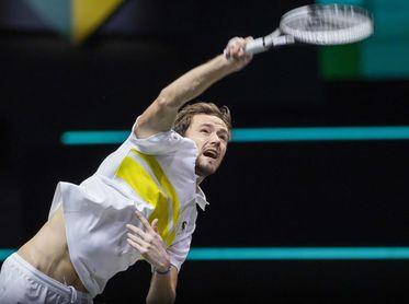 """Medvedev pisa un podio negado para """"los mortales"""" hace más de 15 años"""