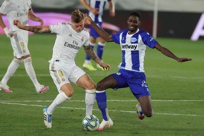 Abdallahi vuelve a entrenar con el Alavés tras su renovación