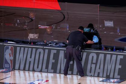 La NBA suaviza los protocolos contra la covid-19 a jugadores y personal completamente vacunado