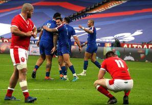 Francia frustra la fiesta galesa y deja abierto el título