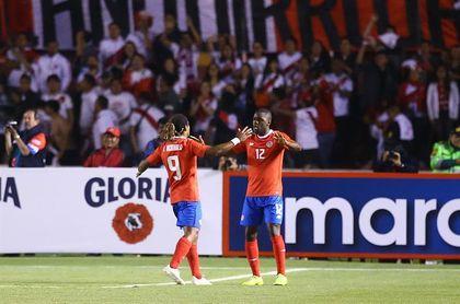 Bosnia y Costa Rica empatan sin goles en un cerrado partido