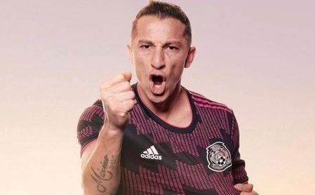 Guardado, pese a las críticas por su juego, un paso más cerca de agrandar su leyenda con México