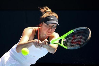 La ucraniana Svitolina alcanza los cuartos tras una dura batalla ante Kvitova