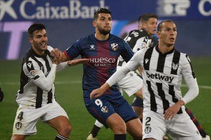 Levante y Huesca empataron en su único partido en el Ciutat de València
