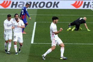 Asensio: ´Están entrando los goles, antes daban en el palo´.