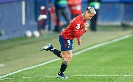 El día que (por suerte para el Sevilla) Monchi no pudo fichar al Chimy Ávila.