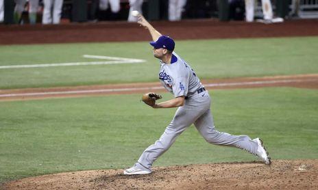 6-5. McKinstry pega un jonrón de campo en la victoria de los Dodgers sobre los Rockies
