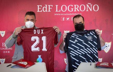 """Dux llega al fútbol femenino con el objetivo de """"diversificar público"""""""