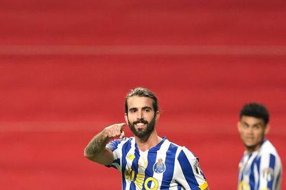 Sergio Oliveira, Taremi y Paredes, únicos sancionados para la ida de cuartos