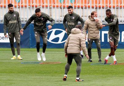 Torreira se reincorpora a los entrenamientos del Atlético
