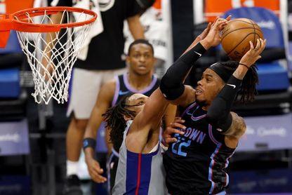 101-113. Joseph se luce ante su exequipo y los Pistons ganan a los Kings