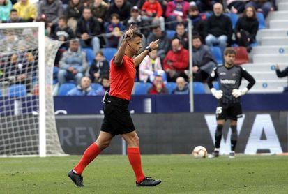 Gil Manzano sustituye como árbitro a Mateu Lahoz, en el Clásico