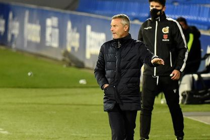El Elche emborrona en Huesca sus registros ante rivales directos
