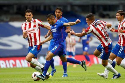 El uruguayo Jonathan Rodríguez le da el triunfo a Cruz Azul que empata récord