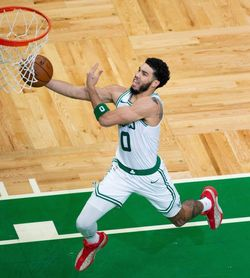 87-105. Celtics remontan e impiden novena victoria al hilo de Nuggets