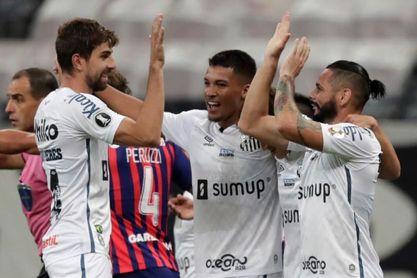 2-2. Santos se cita en la fase de grupos con Boca, Barcelona y The Strongest