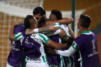 4-1. El Nacional de Colombia vence a Libertad y se mete al grupo F de la Libertadores