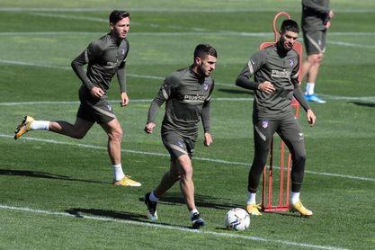 """Simeone: """"Dembélé está creciendo y mañana estará a disposición"""""""