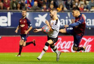 El Valencia ganó por última vez en Pamplona en 2013