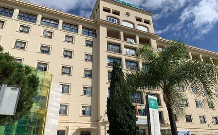 Andalucía supera los 1.500 hospitalizados y tiene 308 en UCI.