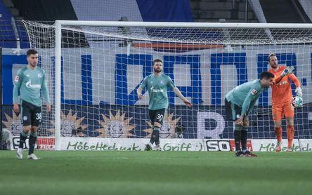 Baja el Schalke 04; el Bayern roza el título