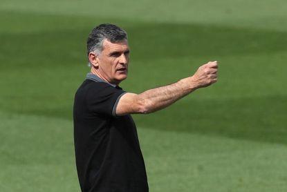"""Mendilibar alaba a los aficionados ingleses por """"hacer caer"""" la Superliga"""