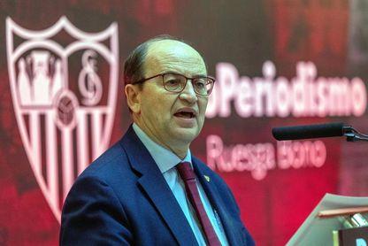 """José Castro: """"Al Sevilla le gusta ganarse su estatus en el terreno de juego"""""""