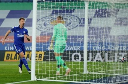El Leicester se reafirma en la tercera plaza