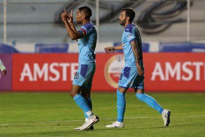 2-1. Fernández y Saavedra dan la victoria a Bolívar sobre Arsenal