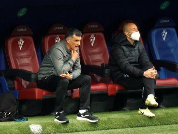 El Eibar apura sus últimas opciones ante una Real que le puede dar la puntilla