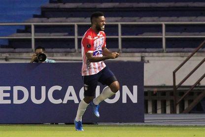 """Sin """"Teo"""" y Mera, el Junior se prepara para enfrentar al River Plate"""