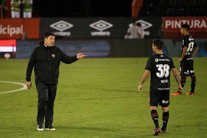 Germán Burgos pierde su primer partido en Newell's tras seis encuentros