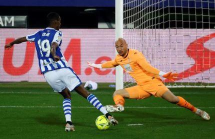 Los goles de Isak han dado 12 puntos a la Real Sociedad esta temporada