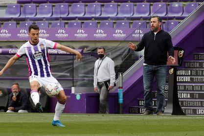 """Sergio admite que tiene """"pocos argumentos"""" para mantener el esquema táctico"""