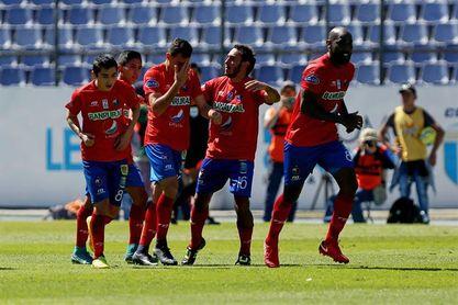 El Municipal supera al Santa Lucía en el fútbol de Guatemala, con goles argentinos