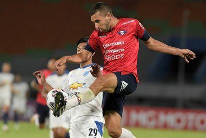 0-0. Wilstermann y Bolívar firman tablas por un error del albanés Sadiku
