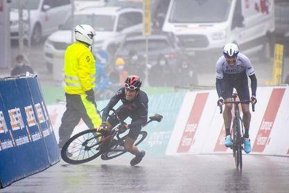 Woods gana la etapa reina y arrebata el liderato a Marc Soler