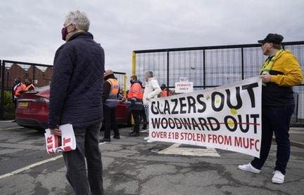 Aplazan el Manchester United-Liverpool tras las protestas de los aficionados