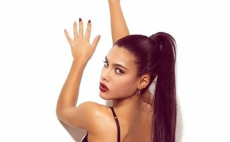 La invitación viral del Villarreal a una actriz porno para