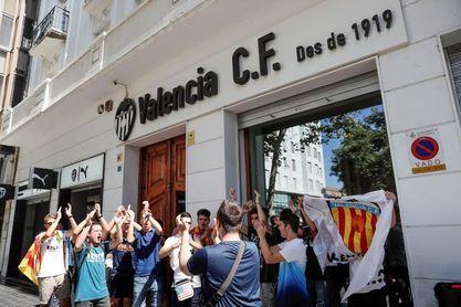 """Lim: """"Con valencianos al frente el club se fue a la ruina"""""""