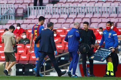 Sergio Busquets hace trabajo específico en la Ciudad Deportiva Joan Gamper