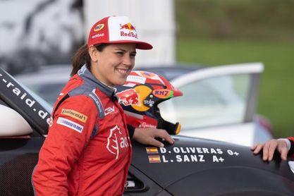 Laia Sanz se estrena al volante de un 4x4 de la categoría T1