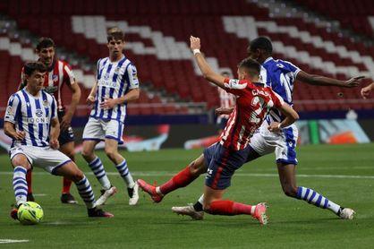 2-1. El Atlético enfila la Liga