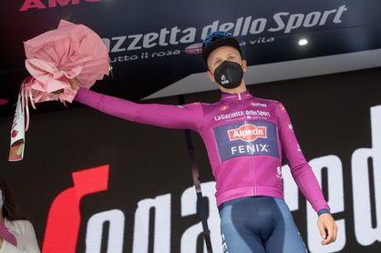 Merlier, agotado, se retira del Giro de Italia
